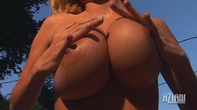 Hannah Hilton Video