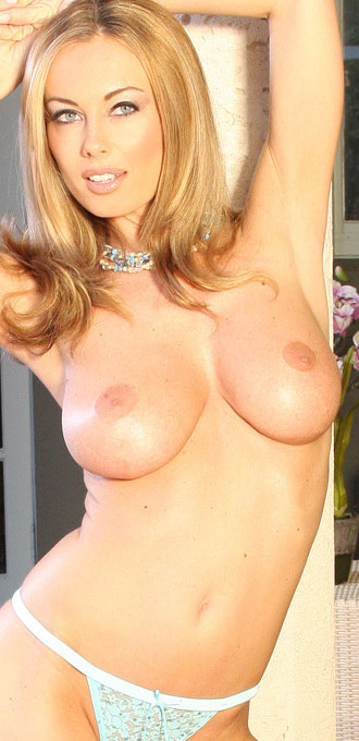 Free Anita Dark Pics From Aziani
