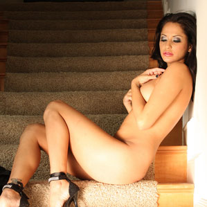 Free Cassidey Pics from Aziani.com