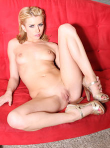 Free Lexi Belle Pics from Aziani.com