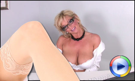 Busty Rachel Aziani Videos
