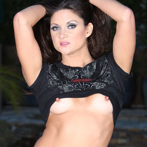 Free Stephanie Swift Pics from Aziani.com