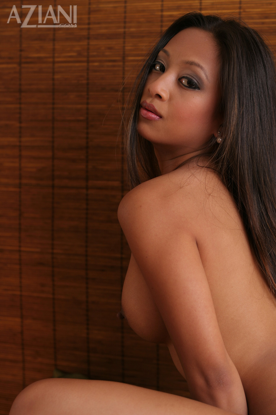 kina kai naked body