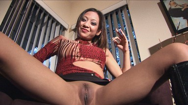 Kina Kai squirts as she brings herself to cum using only the images in her head. We've all experienced wet dreams but a wet fantasy is nothing to scoff at either... from Aziani