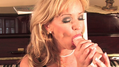 Rachel works towards orgasms with her big rubber cock. from Busty Rachel